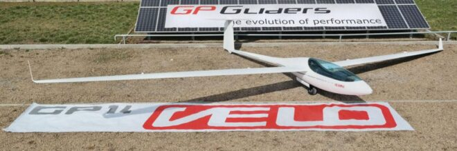 GP GLIDERS GP 14 Velo MGM Compro cooperation