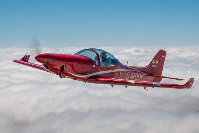 Breezer Aircraft Airplane ecologicMGM COMPRO cooperation